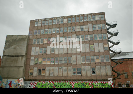 Dilapidated building on North Street Belfast - Stock Photo