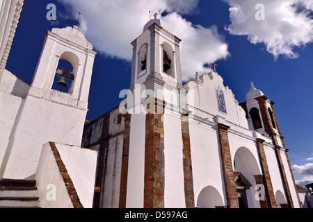 Portugal, Alentejo: Bell tower of Fresco Museum and  parish church Nossa Senhora da Laoga in Monsaraz - Stock Photo