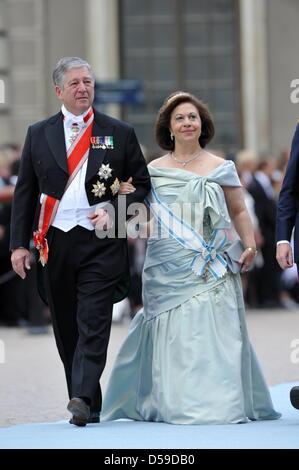 Crown Prince Alexander of Serbia (L), Crown Princess Katherine of ...