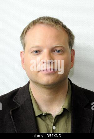 German-Icelandic author Kristof Magnusson pictured in Cologne, Germany, 30 May 2010. Photo:Horst Galuschka - Stock Photo