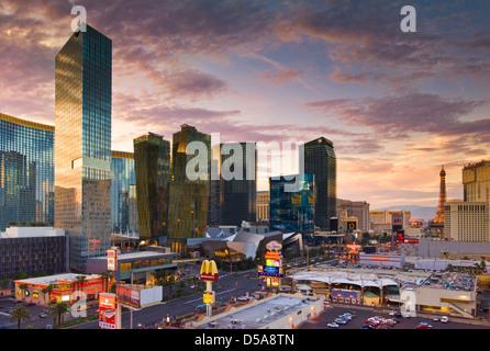 Las Vegas Strip Sunset at dusk, Las Vegas Boulevard South, The Strip, Las Vegas, Nevada, USA - Stock Photo