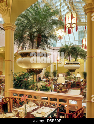 Oriental styled restaurant at the Lanesborough Hotel in London - Stock Photo