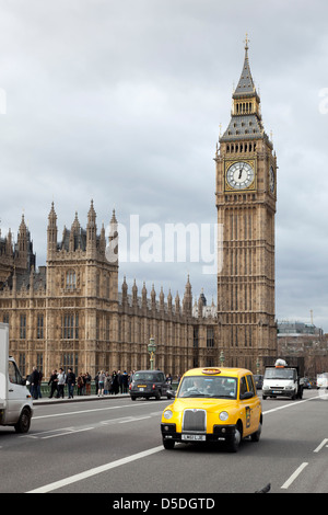 London, United Kingdom, traffic on Westminster Bridge in front of the Big Ben