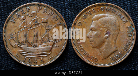 Half penny coin, Golden Hind ship, King George VI, UK, 1944 - Stock Photo
