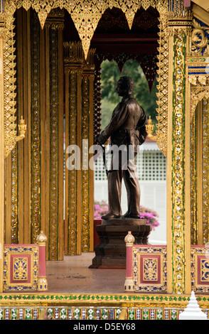 Bang Pa-In Royal Palace, also known as the Summer Palace, near Bangkok, Thailand. - Stock Photo