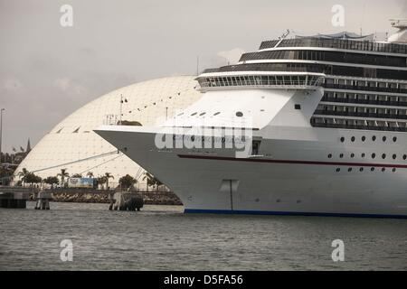 March 31, 2013 - Los Angeles, California (CA, USA - Cruise ship Carnival Miracle docks at the Port of Long Beach - Stock Photo