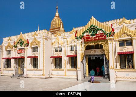 Nan Oo Buddha Hall at Botataung Pagoda, Yangon (Rangoon), Myanmar, (Burma) - Stock Photo