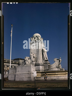 Columbus Fountain and statue in front of Union Station, Washington, D.C. (LOC) - Stock Photo