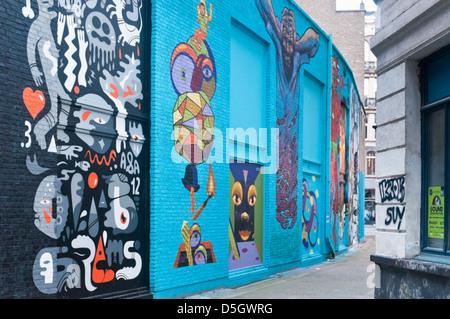 Tagged wall, street art, in Antwerpen, Belgium - Stock Photo