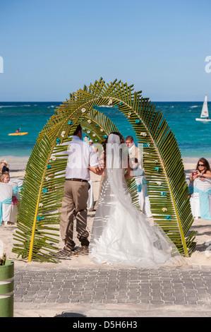 Dominican Republic, Punta Cana, Higuey, Bavaro, Bavaro Beach, wedding - Stock Photo