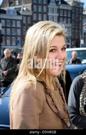 Princess Maxima of The Netherlands attends the inauguration of the first PostNL 1001 Women stamps at the University - Stock Photo