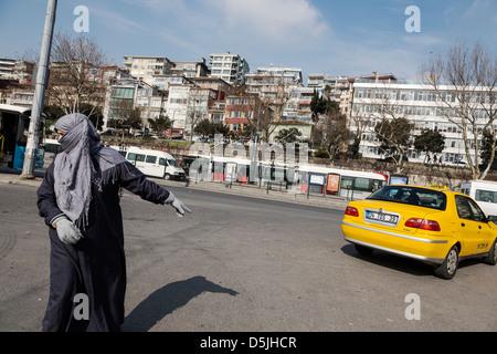 Muslim woman in Istanbul, Turkey. - Stock Photo