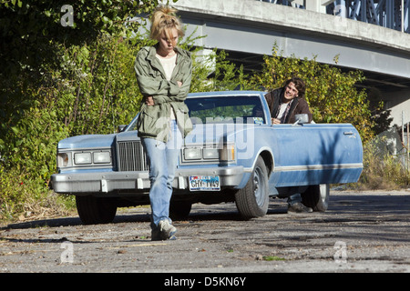 juno temple dating emile hirsch Juno temple (born july 21, 1989) is an english actress known for her roles in the films atonement, killer joe and the dark knight rises she is the daughter of film producer amanda pirie and .