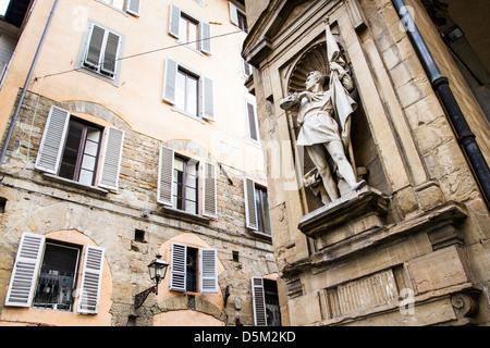 Statue of Michele di Lando on the facade of Loggia del Mercato Nuovo. - Stock Photo