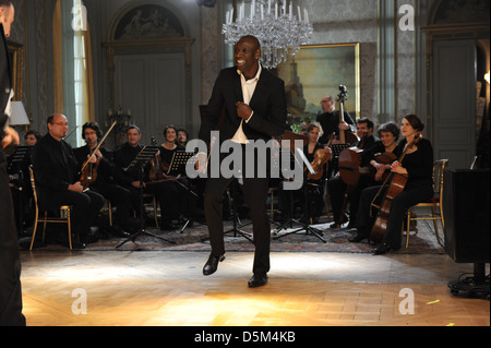 OMAR SY INTOUCHABLES ; UNTOUCHABLE (2011) - Stock Photo