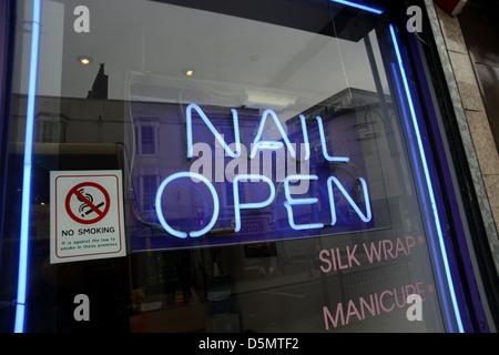 Nail bar sign Stock Photo: 12482614 - Alamy