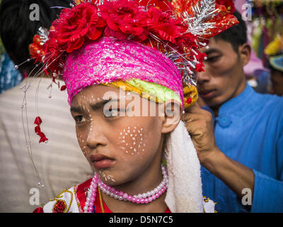 Chiang Mai, Thailand. 5th April 2013. Boys who will be ordained as Buddhist novices at the Poi Sang Long Festival - Stock Photo