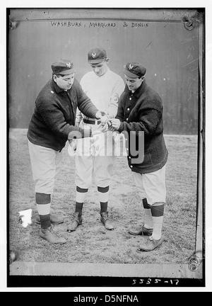 [Washburn with Rube Marquard & Mike Donlin, New York, NL (baseball)] (LOC) - Stock Photo