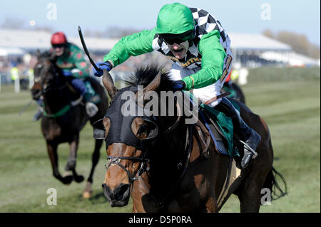 Aintree, UK. 6th April 2013.   The Grand National Festival. Action from the John Smith's Handicap Chase. Credit: - Stock Photo