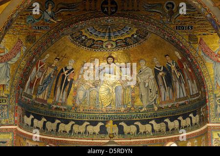 italy, rome, basilica of santa maria in trastevere, apse medieval mosaic - Stock Photo