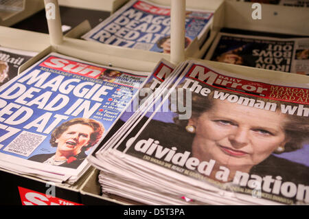 UK.09th April 2013.MP Baroness Margaret Thatcher  front cover of UK daily newspapers. Credit: Ian Francis / Alamy - Stock Photo