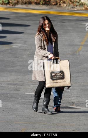 Sandra Bullock seen taking her son Louis to school Los Angeles, California - 21.02.12 - Stock Photo