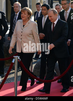 April 7, 2013 - Hannover, Germany - April 07,2013. Hannover,Germany.Pictured: German Chancellor Angela Merkel and - Stock Photo