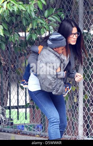 Sandra Bullock is seen taking her son Louis to school Los Angeles, California - 08.02.12 - Stock Photo
