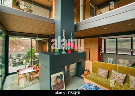 A Multi Level, Prefab, Modular Green Home By The Company LivingHomes And  Consists