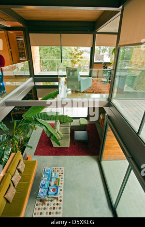 ... A Multi Level, Prefab, Modular Green Home By The Company LivingHomes  And Consists