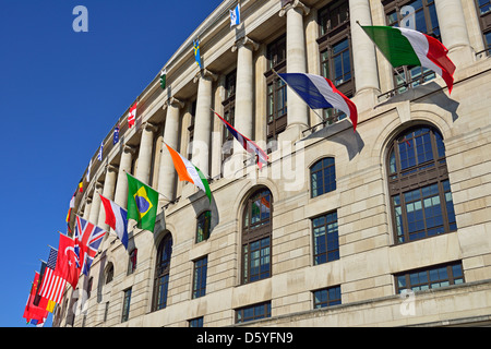 Unilever House, 100 Victoria Embankment, London, United Kingdom - Stock Photo