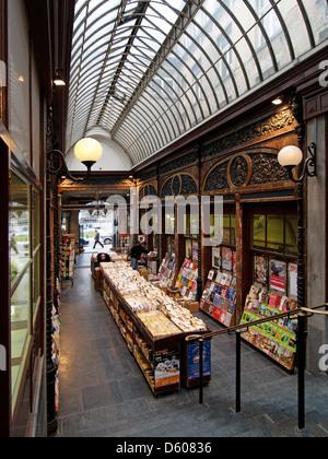 Art deco bookstalls and antique bookshop arcade in Brussels, Belgium - Stock Photo