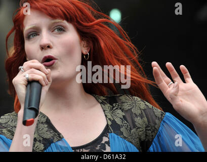 FILE - An archive picture dated 19 June 2010 shows British singer-songwriter Florence Welch of 'Florence and the - Stock Photo