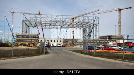 A new hangar is under in construction at the Leipzig-Halle airport in Schkeuditz, Germany, 16 April 2012. Photo: - Stock Photo