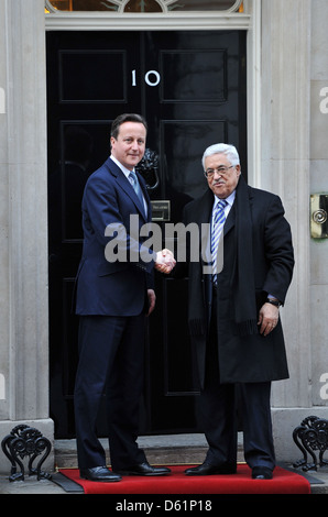 Prime Minister David Cameron meets with Palestinian Authority President Mahmoud Abbas at  Downing Street. London - Stock Photo