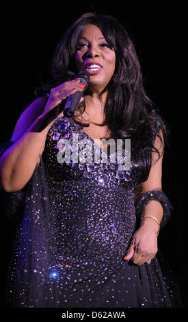 (file) - A dpa file picture dated 30 July 2009 shows American singer Donna Summer performing at Tempodrom in Berlin, - Stock Photo