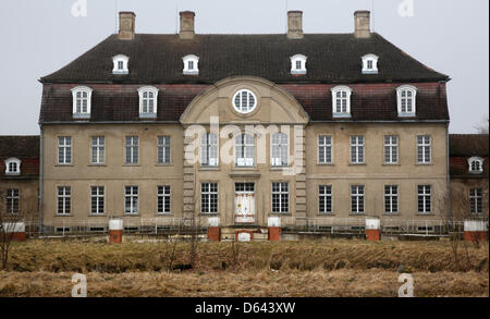 Schloss Vietgest is pictured in Vietgest,Germany, 11 April 2013. A Danish investor has boughta the 18 century manor - Stock Photo