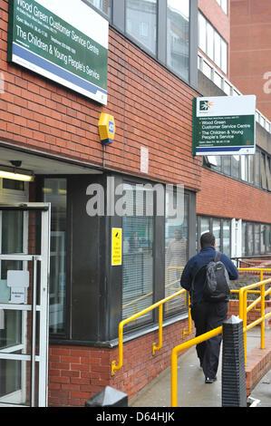Wood Green, Haringey, London, UK. 12th April 2013. Haringey customer service centre in Wood Green. Haringey borough - Stock Photo