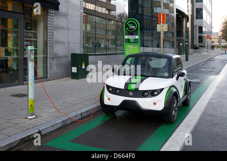 electric car vehicle charge charging recharging eu - Stock Photo