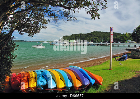 Beach waterfront, Russell, Bay of Islands, Northland Region, North Island, New Zealand - Stock Photo