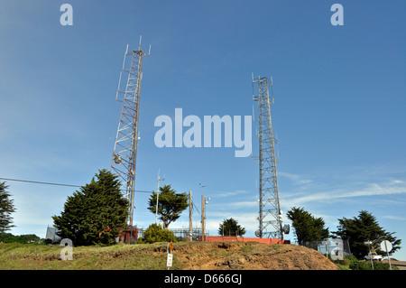 Communication towers on Twin Peaks, San Francisco, California, USA - Stock Photo