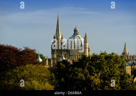 View of Oxford from the Earth Sciences building looking towards the Radcliffe Camera, St Mary's Church and the Old - Stock Photo