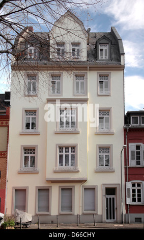 brustungsgelander house in the old town of wiesbaden hesse germany stock photo ideas synonym
