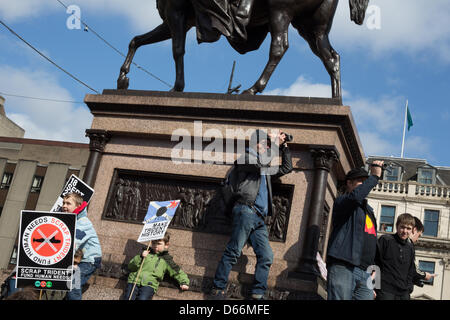 Glasgow, Scotland. Saturday 13th April 2013.  Scrap Trident nuclear missiles demonstration, in George Square and - Stock Photo