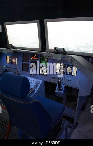space shuttle cockpit trainer - photo #24