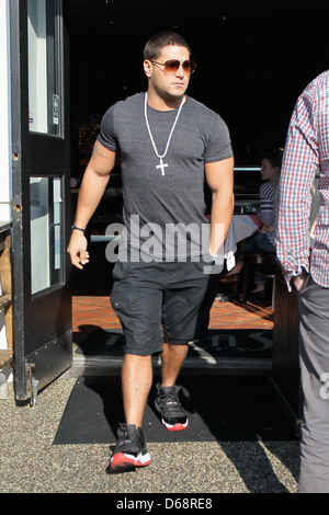Jersey Shore star Ronnie Ortiz-Magro at Toast restaurant for lunch Los Angeles, California6 - Stock Photo