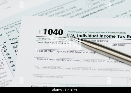 1040 Federal Form With Calculator And Pen Stock Photo 172788245 Alamy