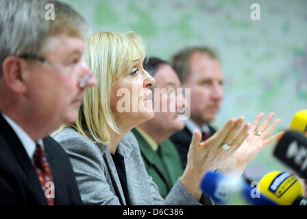 Attorney General Christoph Stroetz (L) and Minister of Justice for Bavaria Beate Merk (CSU) take part in a press - Stock Photo