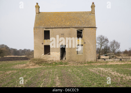 Abandoned Fenland house at Southerly, Norfolk, England - Stock Photo