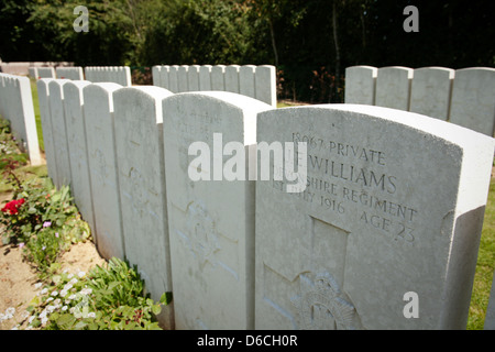 Headstones at the Devonshire cemetery in Mametz, northern France - Stock Photo